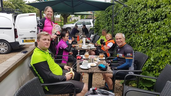 Old Mill Cafe: StS Spring Ride 2018 - Group 2