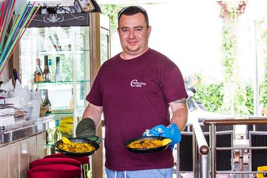 Cafe Bella Vista : Differentes Paellas