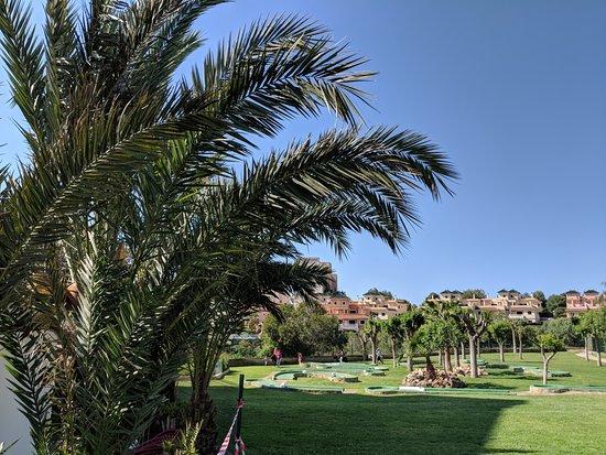 HSM Canarios Park: Crazy Golf.