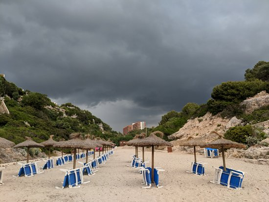 Cala Antena: The cloud that got us wet! Looking back at the HSM Canarios Park hotel.
