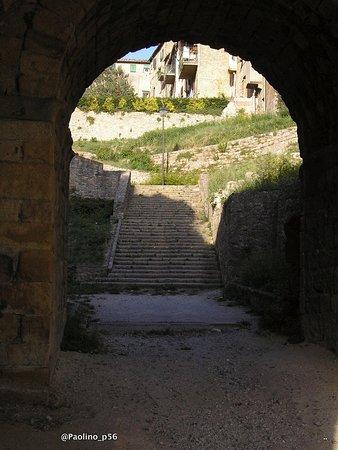 Fonte e porta san Felice : porta inferiore