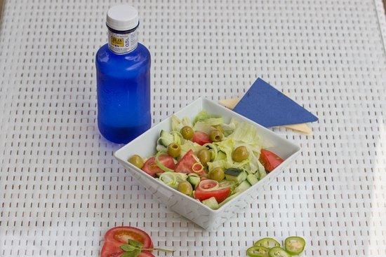 Cafe Bella Vista : Green Salad, The Best water, Solan Cabra
