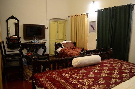 """Itachuna Rajbari : """"Baro Pisi"""" room"""