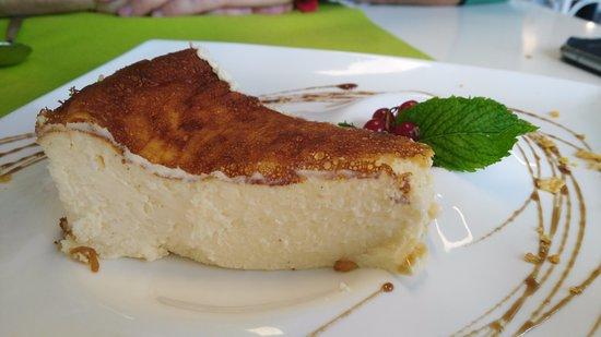 Celorio, Spain: Tarta de queso con arándanos.