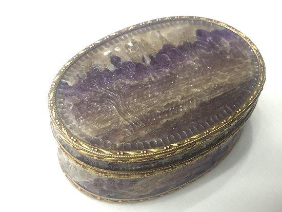 Faberge Museum: шкатулка