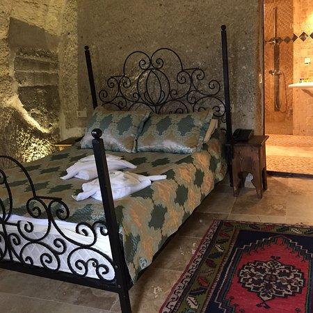 ShoeString Cave House : El hotel es bastante cuqui. El primer día nos dieron una habitación diferente a la que habíamos