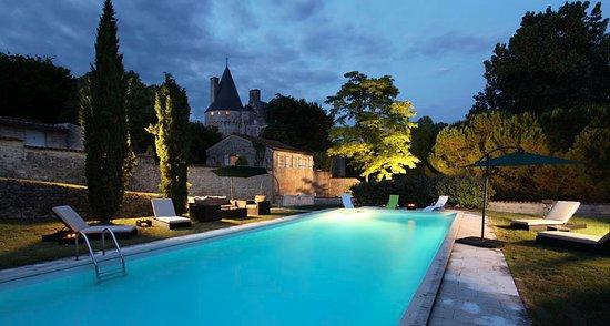Crazannes, Frankrike: Piscine du château
