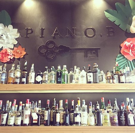 Piano. B Extraordinary Cafe