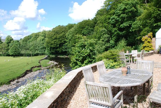 Inn at Whitewell: River Hodder