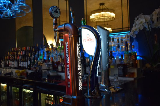 Eighty Six Restaurant & Bar: choice of draught beers