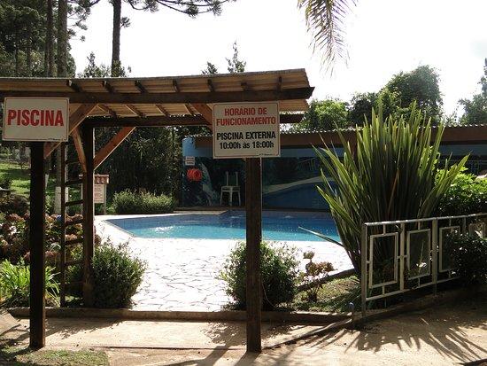 Hotel Recanto Paraíso da Serra : Piscina