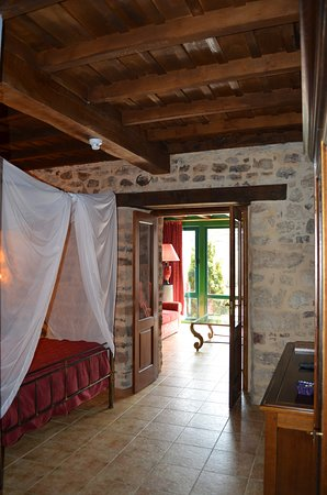 Hotel Posada Fuentes Carrionas: Suite