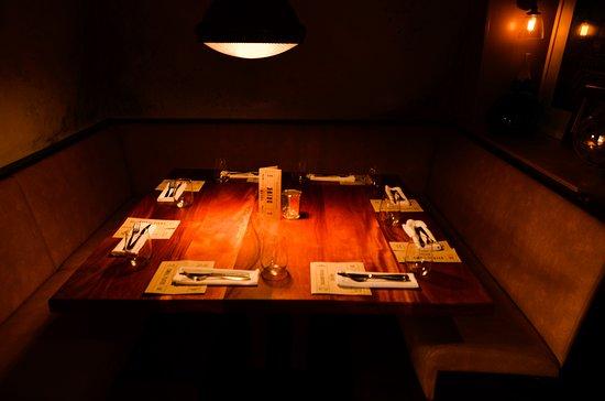 Gusto Italian Grill & Bar: Intement dinning