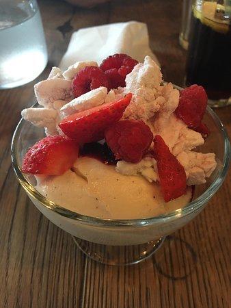 Jamie's Italian: Fruit Meringue