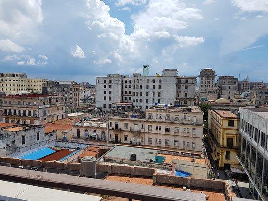 Ambos Mundos Hotel Restaurante : Výhled z terasy
