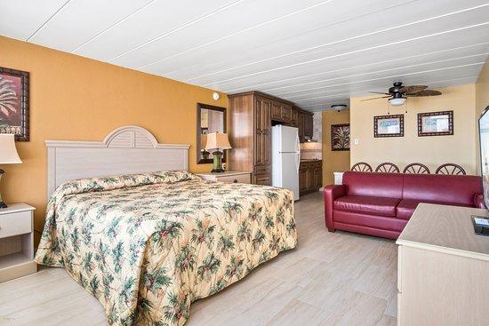 V.I.P. Family Motel: VIP Suite Type C- BRAND NEW EVERYTHING!