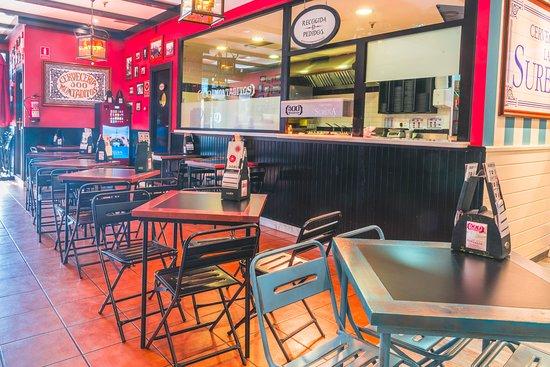 Manoteras Cines & Restaurantes: En grupo, en familia... te esperamos en La Mafia se sienta a la mesa