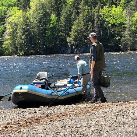 Kennebec River Angler
