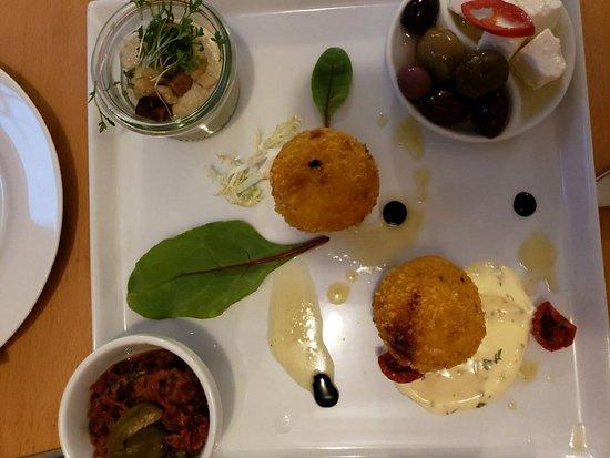 Estrella restaurant: 20180527_114224_large.jpg