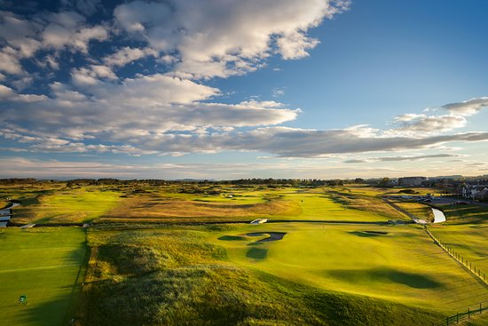 ‪Carnoustie Golf Links‬