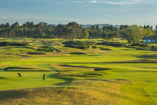 Карнусти, UK: 17th Hole of The Carnoustie Championship Course