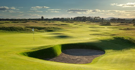 Carnoustie Golf Links: 5th Hole  of The Carnoustie Championship Course