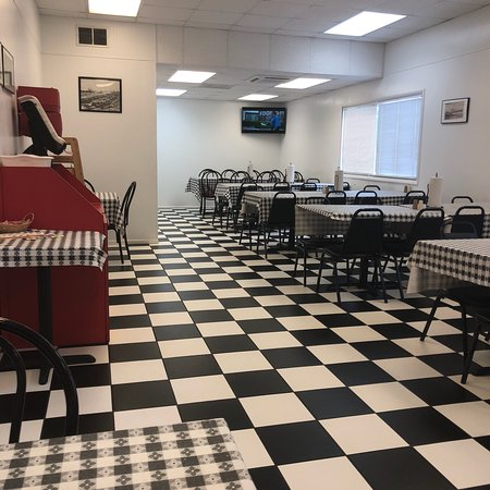 Andalusia, AL: Best breakfast spot for 100 Miles