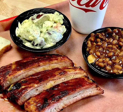 Buster's Southern Pit BBQ: Rib Lunch special