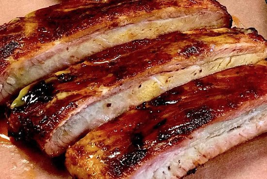 Buster's Southern Pit BBQ: Smoked Ribs
