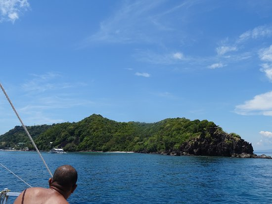 Apo Island Marine Reserve: Apo Island Repartons de Rock Point après la Plongée
