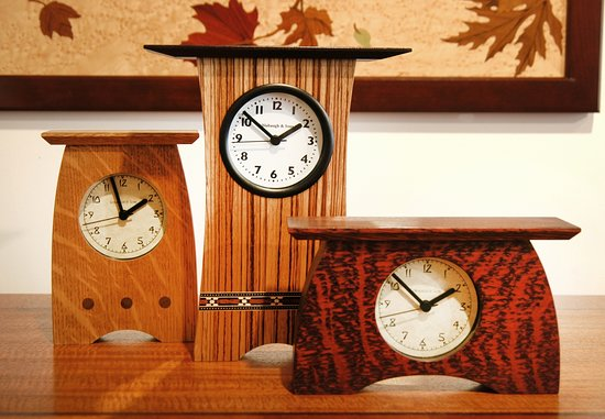 Harmony Ridge Gallery : Clocks perfect for that spot on your mantel