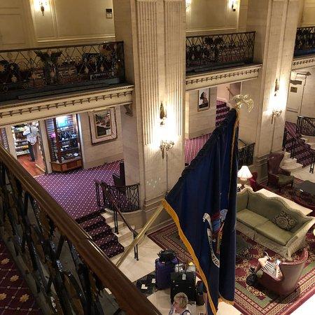 โรงแรมรูเซเวลท์ ภาพถ่าย