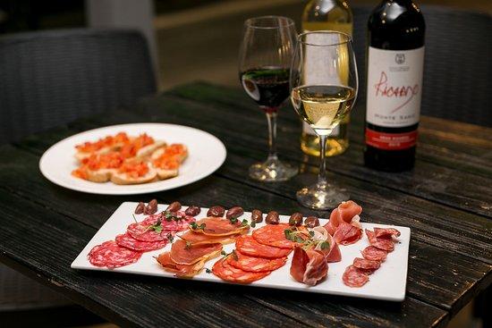Attico 303 : Plato de carnes frias