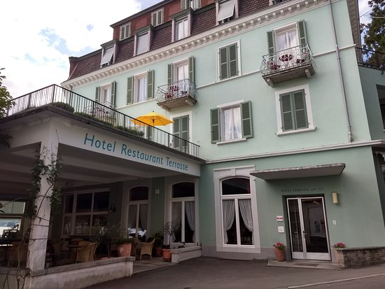 Hotel Terrasse Am See : Street view, from the ship mooring