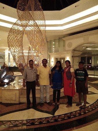 Chutneys At Cinnamon Grand Colombo: Paratha is easy to tear