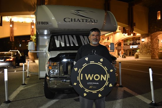 Highland, CA: Club Serrano member Esteban won a brand-new 2018 Thor Motorcoach Chateau on May 29 at San Manuel
