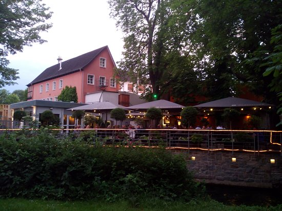 Paderborner Brauhaus: The garden and the Brauhaus