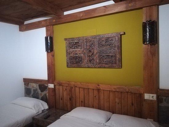 Hotel Plaza: Decoracion interior de la habitacion