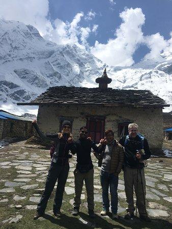 Nepal Eco Adventure: Day hike to Goba