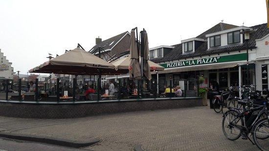 Pizzeria La Piazza Photo