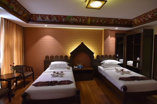 Yun Myo Thu Hotel: Grand Deluxe Twin