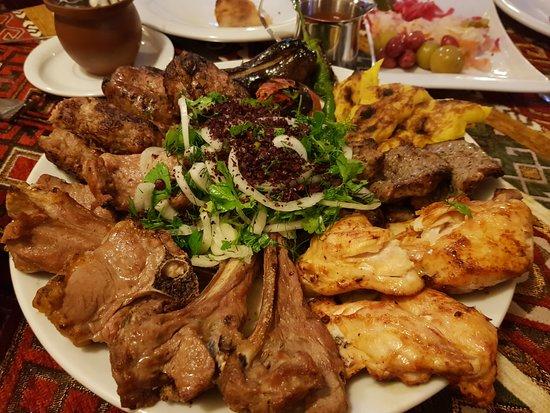 Dolma Restaurant: jedzenie