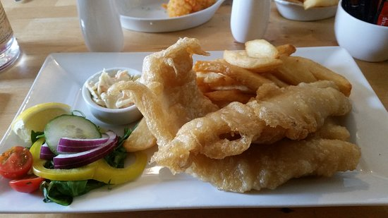 Coldingham, UK: fish and chips......