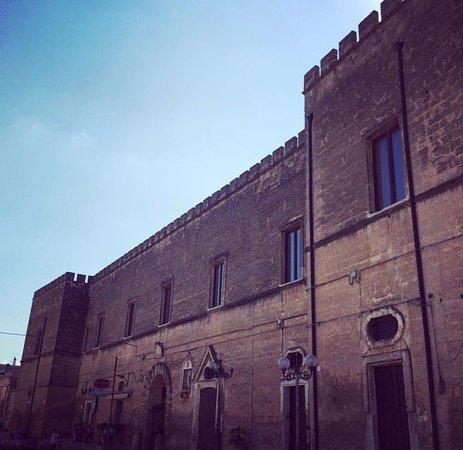 Torre Santa Susanna, Italy: Castle
