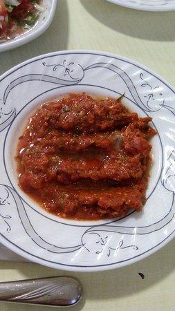 Bunyaminin Yeri: Salaş ama eti çok lezzetli. Biz kuzu ızgara yedik. Tavsiye edilir.
