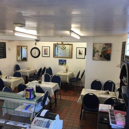 Alleyway cafe