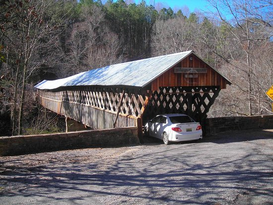 Oneonta, AL: Historic bridge still useable