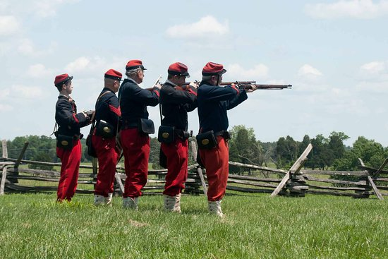 Manassas National Battlefield Park: Rifle shooting demonstration