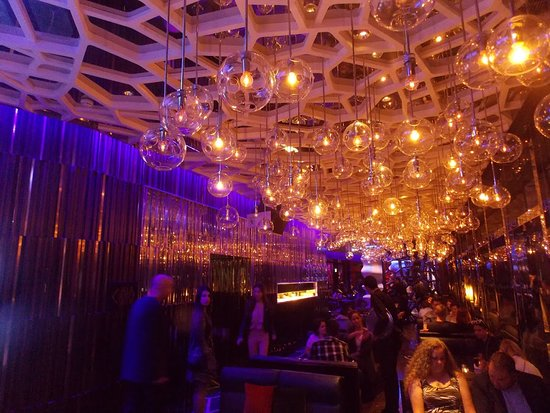 The Lounge & Bar: Interior of Ozone Bar