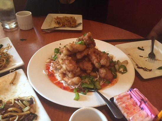 Sang Kee Asian Bistro: mmmmmmmmm pork.